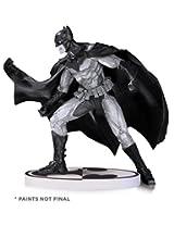 Batman: Black & White: Batman by Lee Bermejo Second Edition Statue
