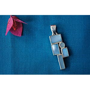 Gajgauri Silver Pendant With Mother Of Pearl In Geometrical Pattern
