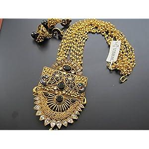 Dreamz Jewels Kundan Necklace With Black Stones & Earrings