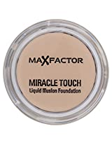 Max Factor Miracle Touch Liquid Illusion Foundation - 40 Creamy Ivory by Procter & Gamble (English Manual)