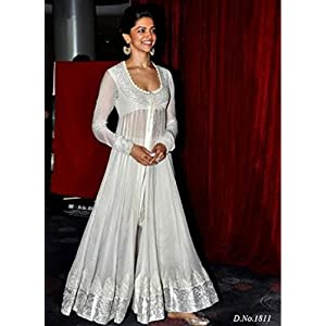 Deepika Padukone In White Anarkali At The Launch Chaennai Express