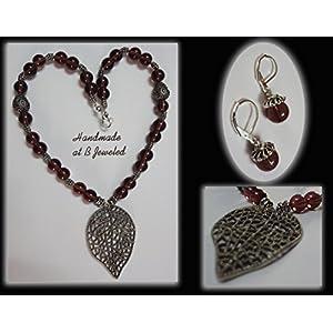 B Jeweled Leaf Pendant With Plum Color Glass Beads jewellery Set