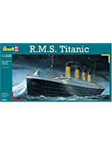 Revell 1:1200 R.M.S. Titanic [Toy]