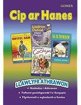 Cip Ar Hanes: Llawlyfr Athrawon (Cyfres Corryn)