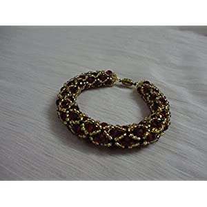 Mona Jewels Netted Crystal Bracelet