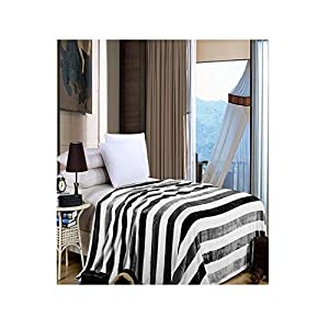 Handloom Trendz Black And White Double Bed Blanket