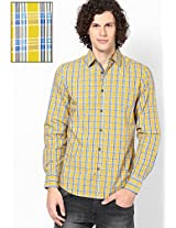 Yellow Checks Slim Fit Casual Shirt United Colors of Benetton