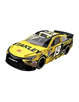 Lionel Racing Carl Edwards #19 Stanley 2016 Toyota Camry Nascar Diecast Car (1:64 Scale)