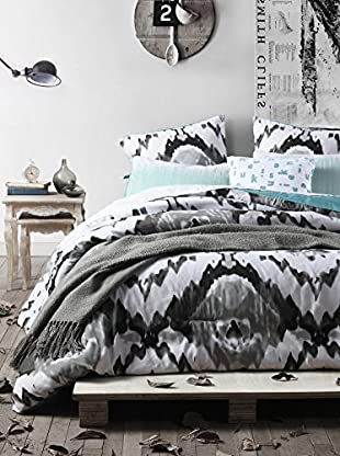 Duck River Textiles Jenna 6-Piece Oversize/Overfilled Comforter Set