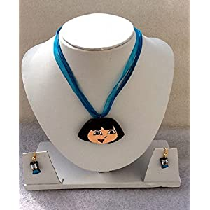 Anikalan Designs Dora Pendant with flower earrings Terracotta Necklace Set