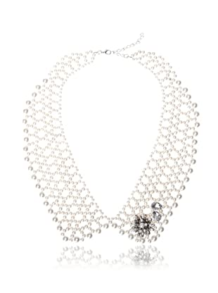 Chloe & Theodora White Simulated Pearl Collar Necklace with Flower Appliqué