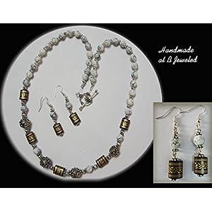 B Jeweled White Glass Beads Neckpiece jewellery Set