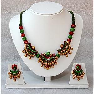 Anikalan Designs Crescent Necklace Set