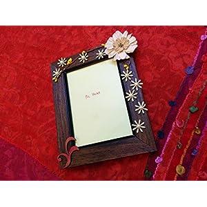 Shriya Beats Photo Frame