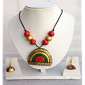 Anikalan Designs Multicolour Chandra Kiran Pendant Terracotta Necklace Set