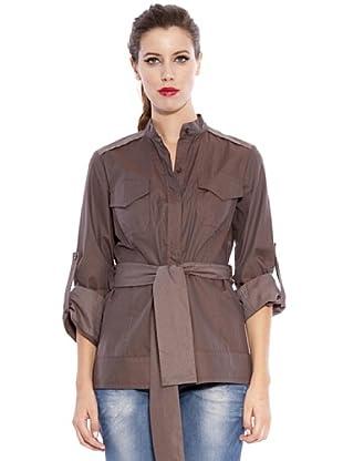 Caramelo Blusa Elegance (marrón)