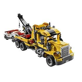 レゴで作るレッカー車の組み替え例。クリエイターシリーズの神髄だ。
