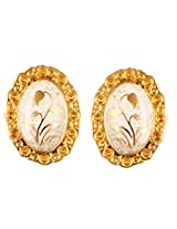 latest fashion earrings in oval shapes