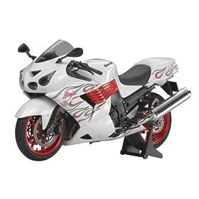 【クリックで詳細表示】Amazon.co.jp | 1/12 オートバイ No.112 1/12 カワサキ Ninja ZX-14 スペシャルカラーエディション 14112 | ホビー 通販