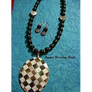 Unique Dazzling Beads Chequered Shell pendant