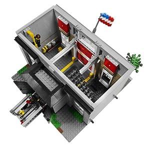 レゴ・クリエイター ファイヤーブリゲードの中身