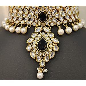 D713 Choker Style Kundan studded bridal necklace with matching earrings and maang tikka