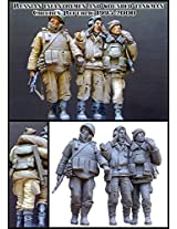 Evolution Miniatures 1:35 Russian Infantry Men & Wounded Chechen #Em 35034