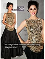Nargis Fakhri in Black Anarkali in Amfar India 2013