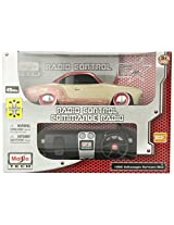 Maisto R/C 1:24 Scale 1966 Volkswagen Karmann Ghia Radio Control Vehicle (Colors May Vary)
