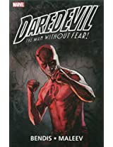 Daredevil by Brian Michael Bendis & Alex Maleev Ultimate Collection - Book 2 (Daredevil (Paperback))
