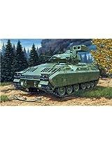 03143 1/72 M2/M3 Bradley Tank by Revell