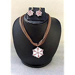 Anikalan Designs Snowflakes Pendant with earrings Terracotta Necklace Set