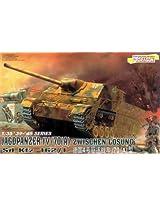 "Dragon Jagdoanzer Iv/70(A) ""Zwischen Losung"" 1:35 Scale Military Model Kit"