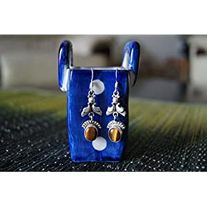 Gajgauri Silver Earring With Brown Stone