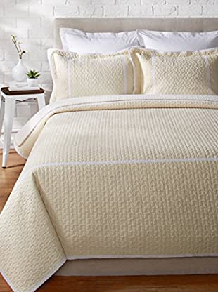 Eileen West Seersucker Lace Trim Quilt Set