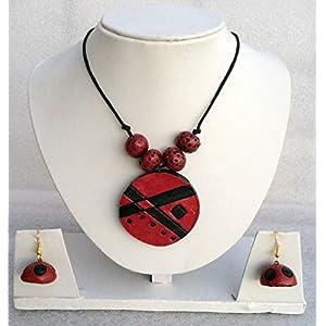 Anikalan Designs Maroon Pendant Terracotta Necklace Set