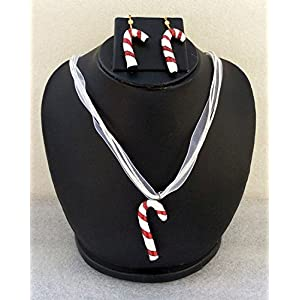 Anikalan Designs Christmas Candy Pendant with earrings Terracotta Necklace Set