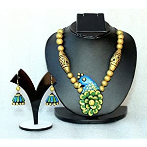 Anikalan Designs Peacock Pendant Terracotta Necklace Set