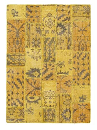 Hand-Knotted Ushak Patch Wool Rug, Gold, 4' 7