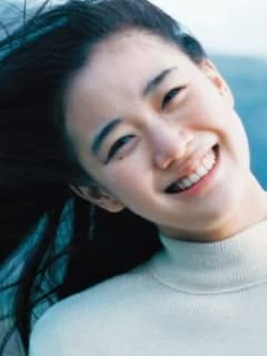 学級委員長タイプ美女優の意外な噂 蒼井優 「 実は牝ライオンだった!」vol.1