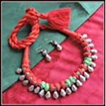 [N16O_010] Red and Green Thread necklace