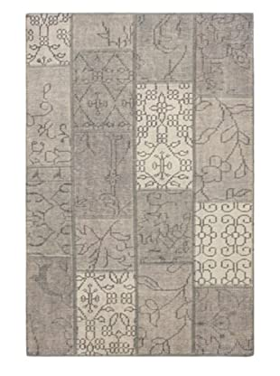 Hand-knotted Ushak Patch Rug, Gray, 4' x 6'