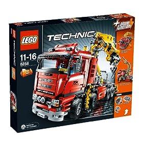 レゴ・テクニックシリーズからクレーントラック。