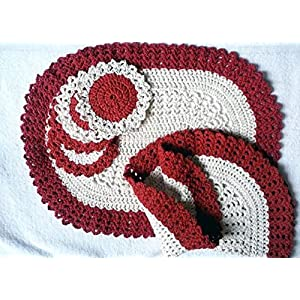 HighKnit Shades Of Red And White Elegance Mats And Coasters