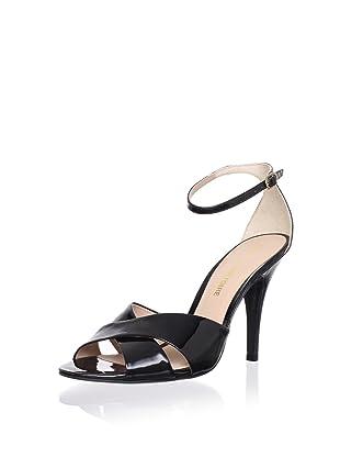 Pour La Victoire Women's Kalinda Sandal (Black Patent)