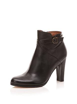 Corso Como Women's Queenborough Ankle Bootie (Black)