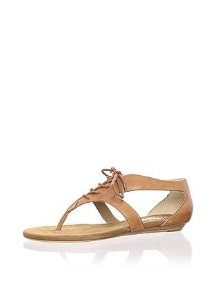 Pour La Victoire Women's Rulah Flat Sandal (Luggage)