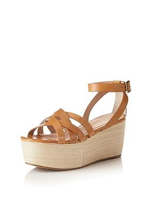 Pour La Victoire Women's Noletta Platform Sandal (Saddle Brown)