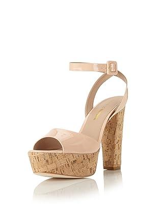 Pour La Victoire Women's Nasha Platform Sandal (Salmon Patent)