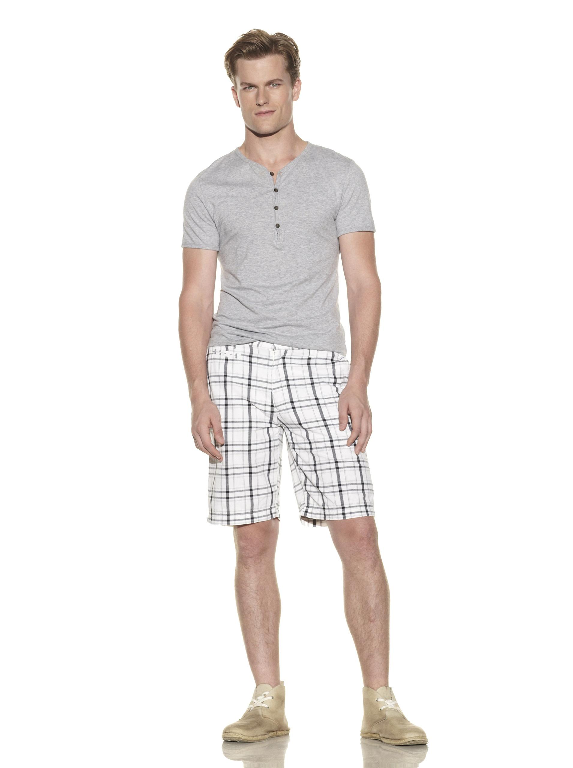 nüco Men's Plaid Shorts (White)